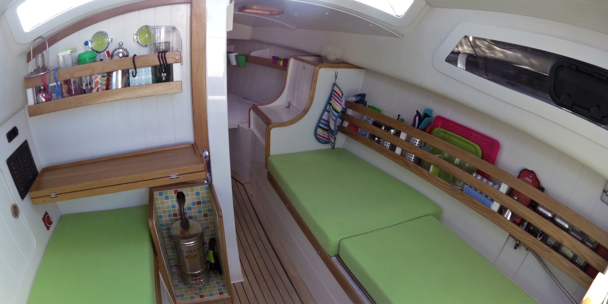 Bay Cruiser 26 Interior