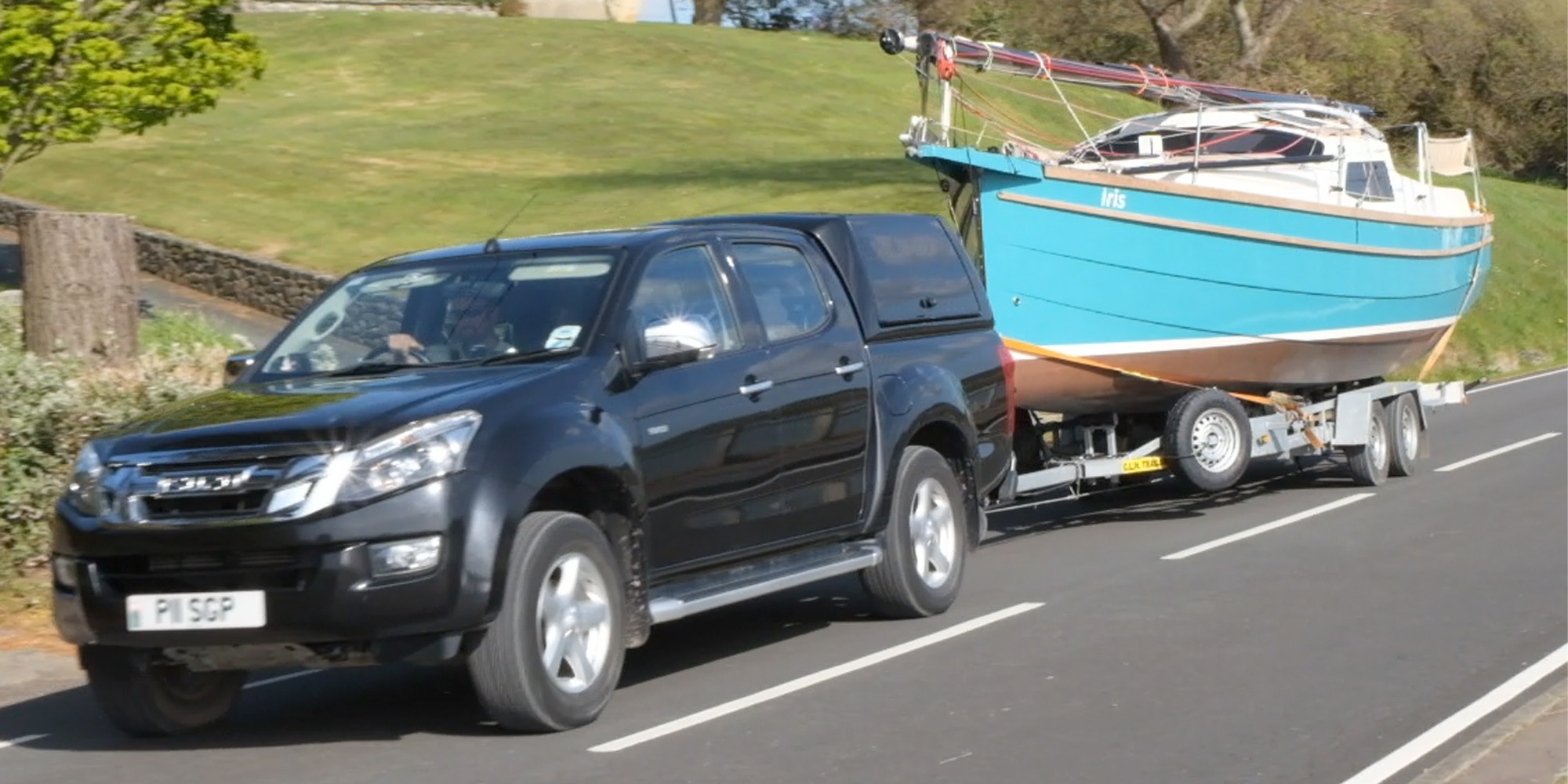 Bay Cruiser 26 towing