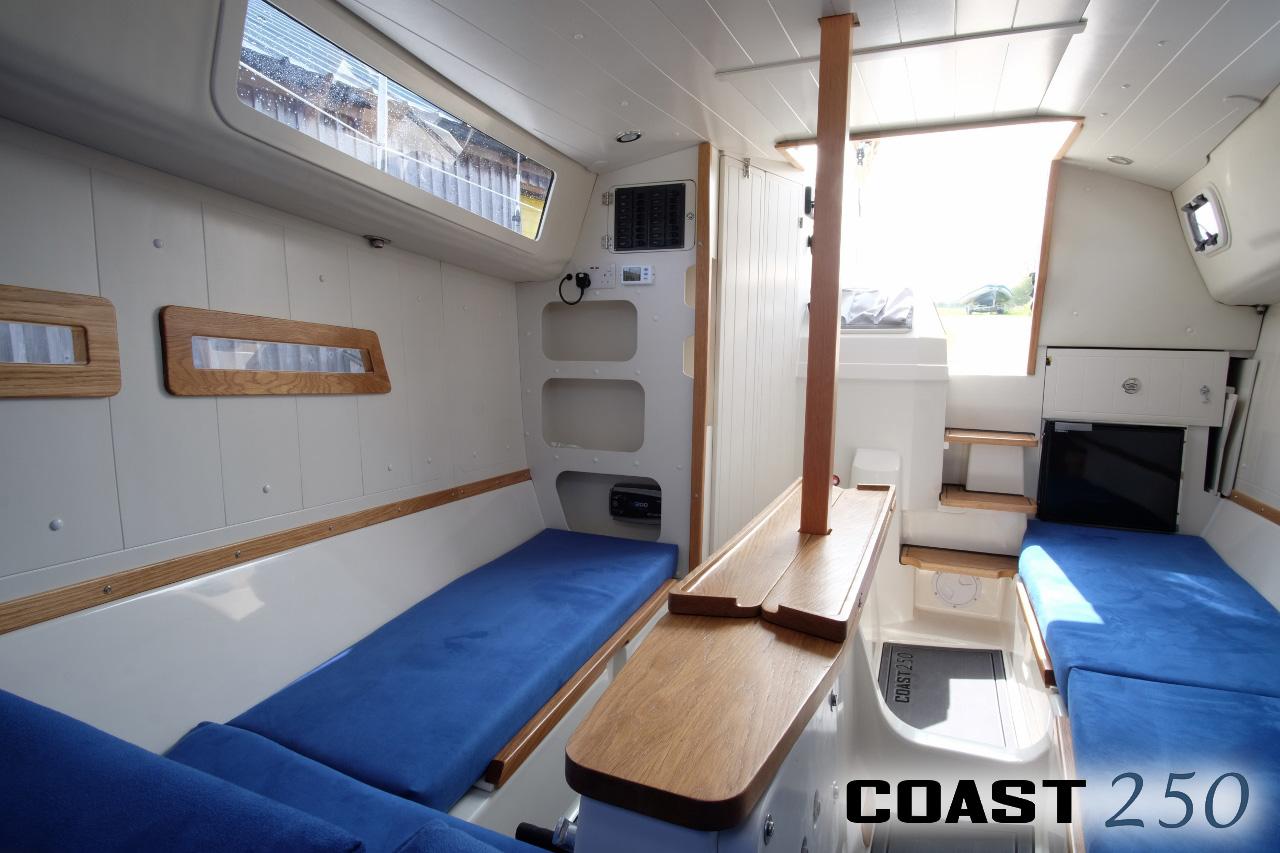 C250 Interior4